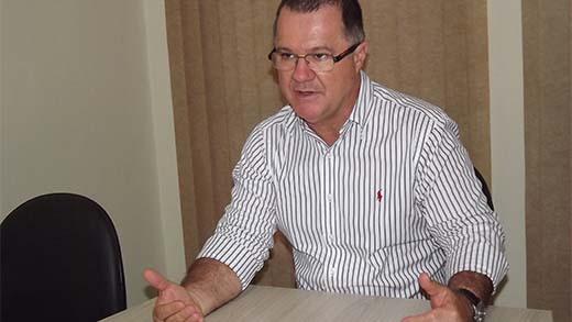 """Em Ilha Solteira, ex-ministro Carlos Gabas afirma que proposta da reforma da Previdência """"é crime que tira direitos do trabalhador aposentado"""""""
